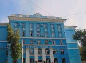 В Ростове с 9-го этажа высотки выбросился студент речного училища