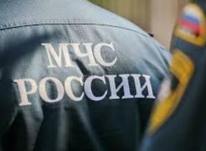 Экстренное штормовое предупреждение объявили спасатели в Ростове