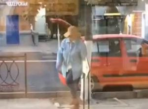 Ростовская «шляпа» утащила из центра Ростова новенькую асфальтовую плитку