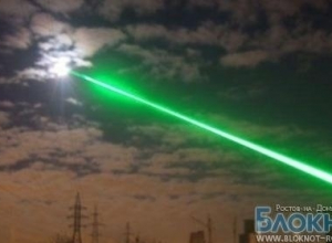 В Ростове лазерный хулиган ослепил борт самолета с Театральной площади