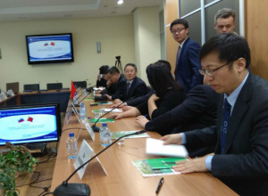 Китайцы прилетели в Ростов присмотреться к нашим комбайнам и вертолетам