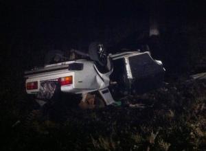 На Дону в ночном ДТП погибли четыре человека, еще трое, в том числе ребенок, пострадали. Видео