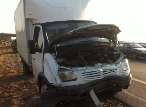 На трассе «Дон» водитель «ГАЗели» спровоцировал ДТП с пятью автомобилями: 5 пострадали