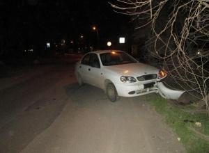 В Ростове водитель ЗАЗ, пытаясь избежать наезда на одного ребенка, сбил другого