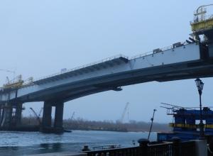 В Ростове движение под Ворошиловским мостом закроют до конца апреля 2015 года