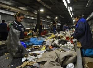 Голубев призвал чиновников проявить расторопность и с головой погрузиться в мусор