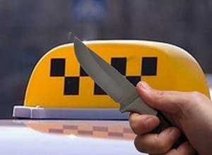 В Ростове задержали налетчиков, напавших на таксиста с ножом