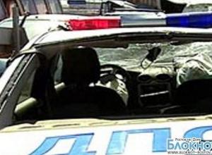 В Ростове столкнулись полицейская машина и маршрутка, 2 человека пострадали
