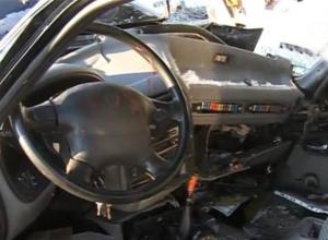 В Ростовской области при столкновении «Мерседеса» и «Волги» погибли четыре человека