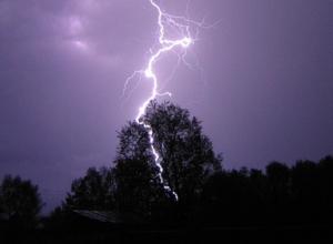 В Ростове от удара молнии погиб 23-летний парень