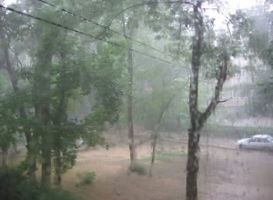 На Дону ожидаются сильные дожди, ветер до 28 м/с, понижение температуры воздуха до 7 градусов