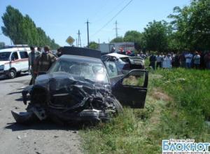 В ДТП в Таганроге погибли три человека
