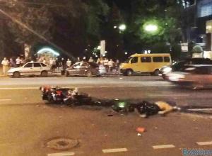 Водителя маршрутки, столкнувшегося с мотоциклистом, допросили следователи