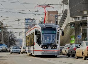 За простой трамвайных линий заплатили водители брошенных автомобилей