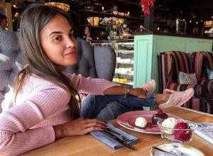 «Вареная» дочь скандального депутата Госдумы испытала «кучу эмоций» в Ростове после затяжной зимовки на Бали
