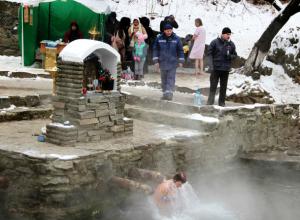 Три тысячи отчаянных ростовчан решились войти в ледяные купели