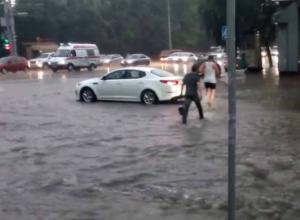 Очередной потоп предвещают синоптики жителям Ростова в это воскресенье