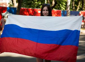 Самые сексуальные и яркие футбольные болельщицы Ростова