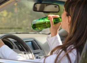 Юной автоледи на дорогой иномарке грозит срок за пьяную езду в Ростовской области