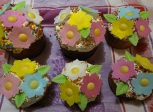 Похвалились своими куличами и яйцами виртуозные кухарки Ростова