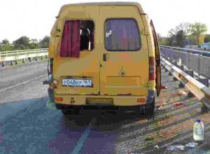В Ростовской области маршрутка столкнулась с грузовиком: 6 пострадавших, 1 погибший