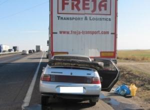В Ростовской области на трассе М-4 «Дон» погибли водитель и его 21-летний сын