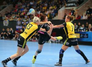 Ростовские красотки-гандболистки одержали уверенную победу над соперницами из Швеции