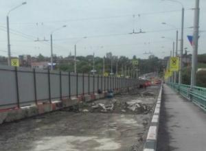 Администрация Ростова спела губернатору Голубеву «старую песню» про медленный ремонт моста на Стачки