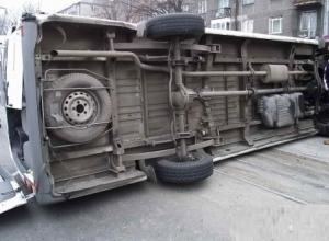 В Ростовской области в ДТП с маршруткой погибли два человека