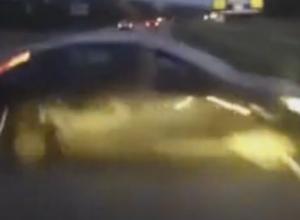 Шокирующий занос Ford и столкновение под Ростовом попали на видео