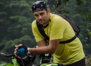 Донской хирург отправился в путешествие по свету на велосипеде