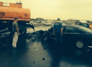 В Ростовской области бензовоз врезался в «Тойоту»: водитель иномарки погиб