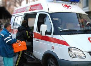 Два человека пострадали в страшном столкновении маршрутки и «девятки» в Ростове