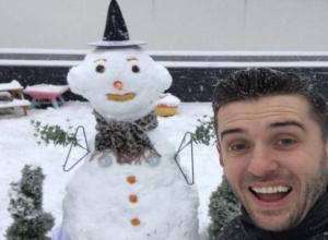 Ростовчане массово впали в детство и устроили забавный баттл снеговиков