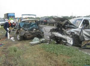 5 человек погибли в ДТП в Ростовской области (СПИСОК ПОГИБШИХ)
