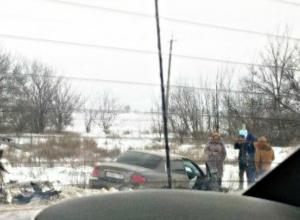 Девушка пострадала в жестком столкновении двух Hyundai в Ростовской области