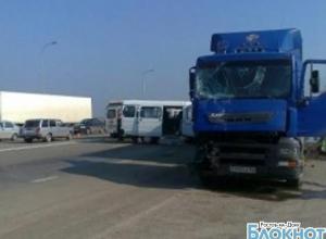 В Ростовской области столкнулись грузовик и пассажирская «Газель»: 1 погиб, 2 травмированы