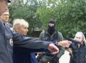 Ростовчанка чудом выжила после жестокой расправы банды амазонок-убийц
