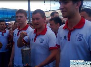 В Ростов-на-Дону прибыл огонь Всемирной летней Универсиады