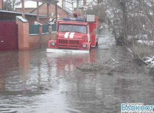 В Ростовской области уровень воды в подтопленных районах снизился на полметра