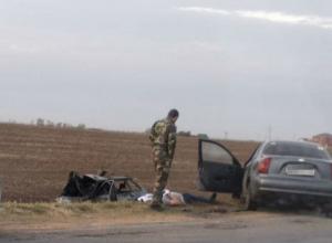 Два человека погибли в страшной аварии под Ростовом