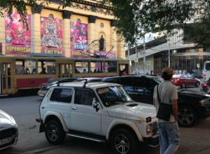 Топ-10 мелодий, которые орали этим летом даже из ростовских утюгов