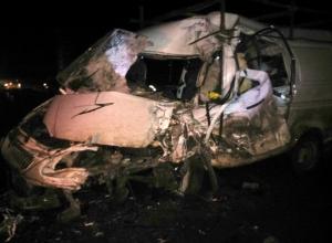В Ростовской области грузовик врезался в «ГАЗель», погиб 1 человек, четверо пострадали