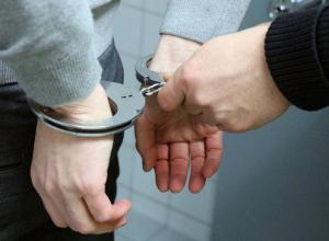 Двух квартирантов, соблазнившихся хозяйским имуществом, арестовали в Ростовской области