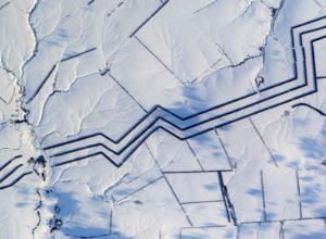 Странные изломанные линии в степях Ростовской области поразили французского астронавта