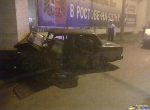 В Ростове-на-Дону водитель на «пятерке» протаранил столб