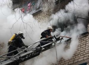 Страшный пожар в жилой девятиэтажке унес жизнь одного человека в Ростовской области