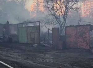 Одноногий мужчина заживо сгорел вместе со своим домом в страшном пожаре в центре Ростова