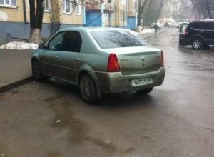 Воры поснимали номера с автомобилей в Северном микрорайоне Ростова-на-Дону