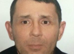 Зрелый мужчина с татуировкой на правой ноге бесследно исчез в Ростовской области